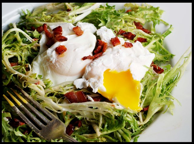 Poached Eggs With Frisee Recipes — Dishmaps