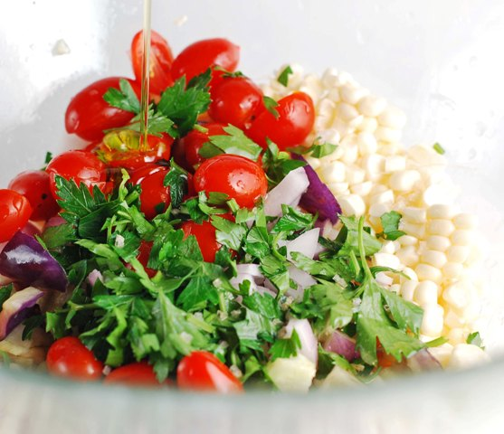 making-white-corn-salad-0609