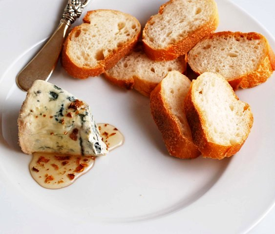 cheese-w-truffle-honey-anniversary-dinner-0609