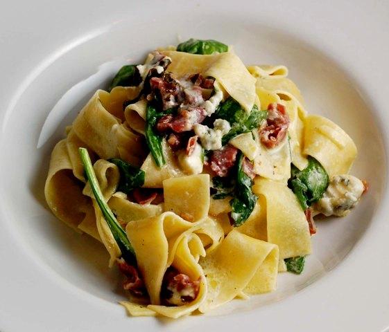 gorgonzola-pasta-anniversary-dinner-0609