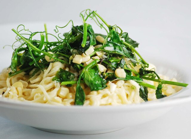 sweet-pea-and-white-corn-pasta-0609
