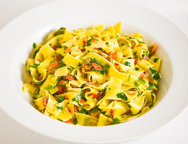 Donna Hay Creamy Pancetta Pasta 1009